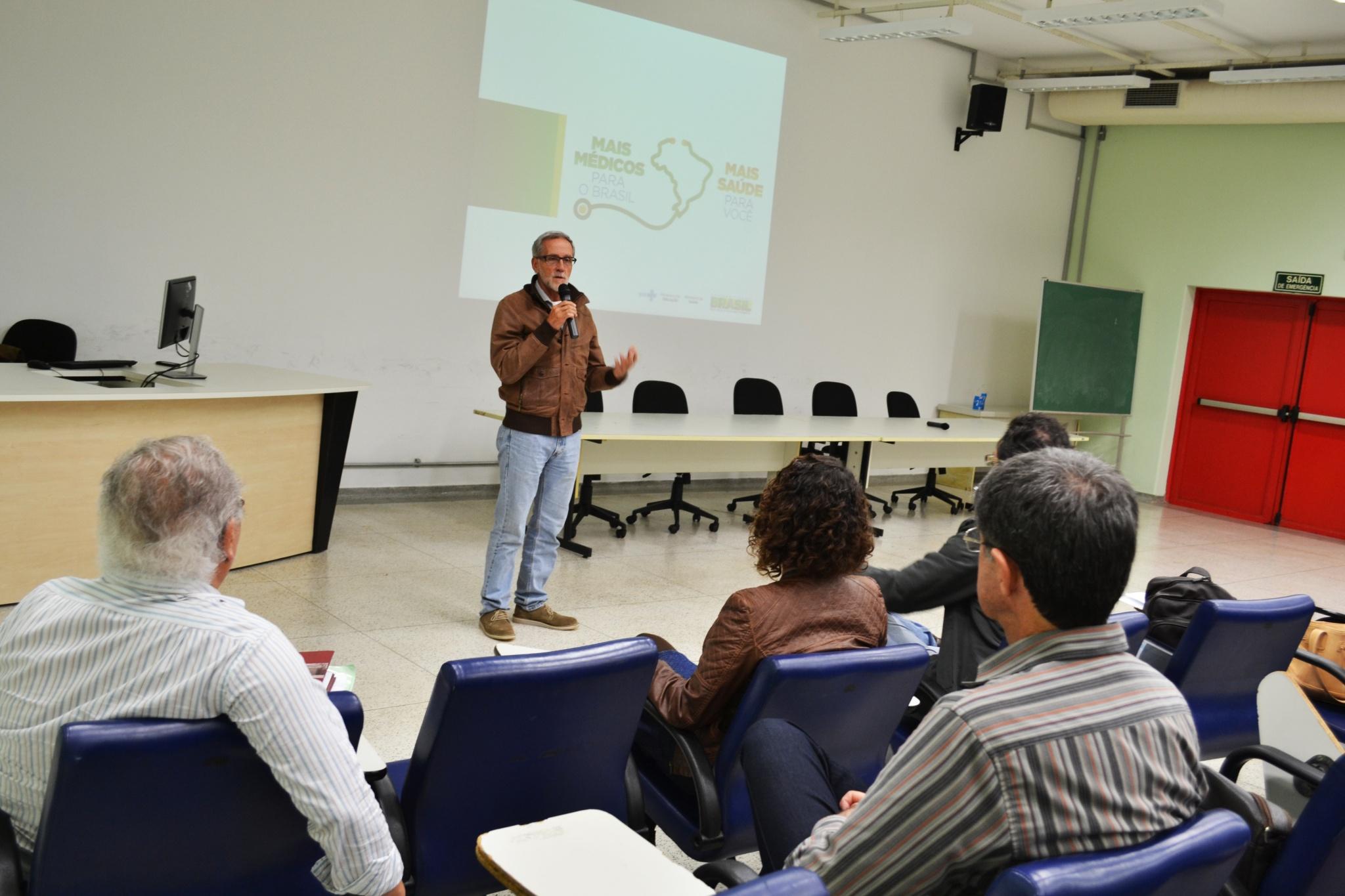 Encontro na FCM reuniu supervisores do Programa Mais Médicos para o Brasil que atuam em Campinas e região/Foto: Camila Delmondes