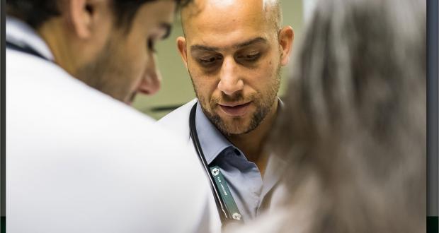 O graduando em Medicina deve corresponsabilizar-se pela vida das pessoas sob seu cuidado, especialmente, nas situações de emergência em saúde pública.