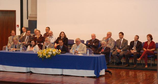 Homenagem aos ex-diretores da FCM